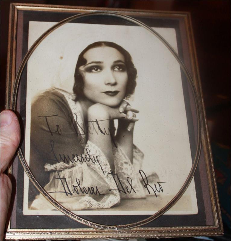 Actress Dolores Del Rio Autograph
