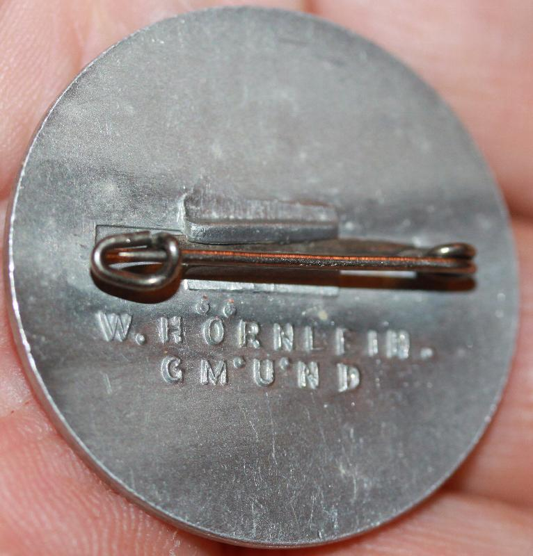 German WWII Mai Day Workers alumminum pin 1936