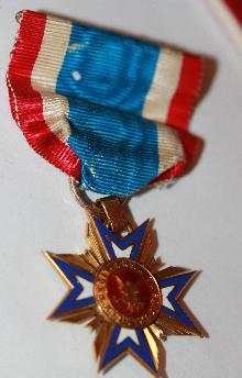 Mollus Civil War Association Gold Memberes Medal with Ribbon