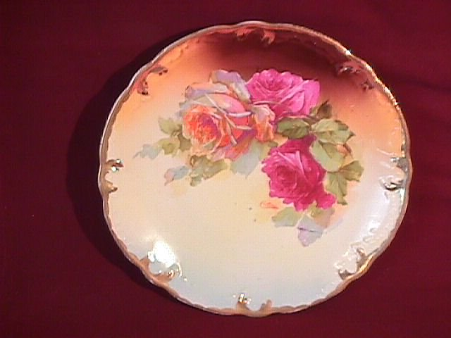 China-Hand Painted Porcelain Display Plate of Roses