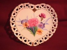 Porcelain Hand-Painted (Heart Shape) Wall Plaque