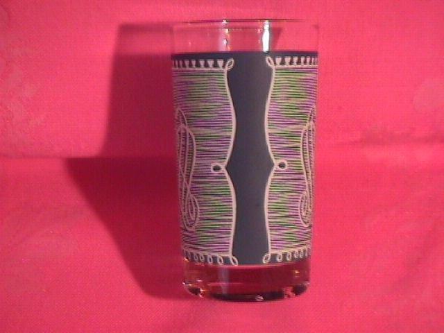 Royal=Currier & Ives Glassware Tumbler