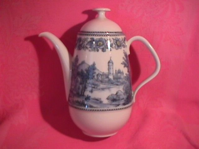 Eschenbach, Bavaria Porcelain Coffee Pot