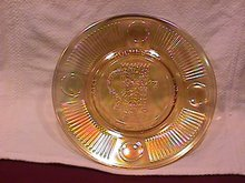 Carnival Glass (I.C.G.A.) 1972 Convention Souvenier Plate