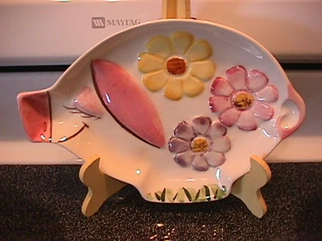 Los Angeles Potteries Cute Little Pig (All Purpose Tray)