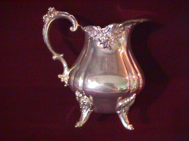 Wallace (Baroque) Silverplate Creamer