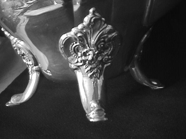 Wallace (Baroque) Silverplate Teapot