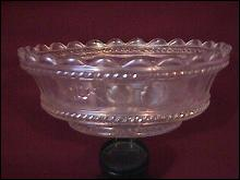 Northwood Carnival Glass (Peach) Berry Bowl (White)