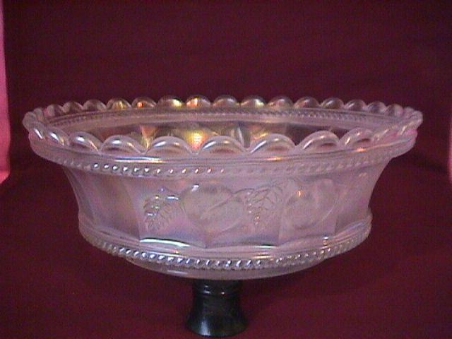 Northwood Carnival Glass (Peach) Master Berry Bowl (White)