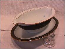 Noritake Fine China (Benedicta #6976) Gravy Fast on Platter