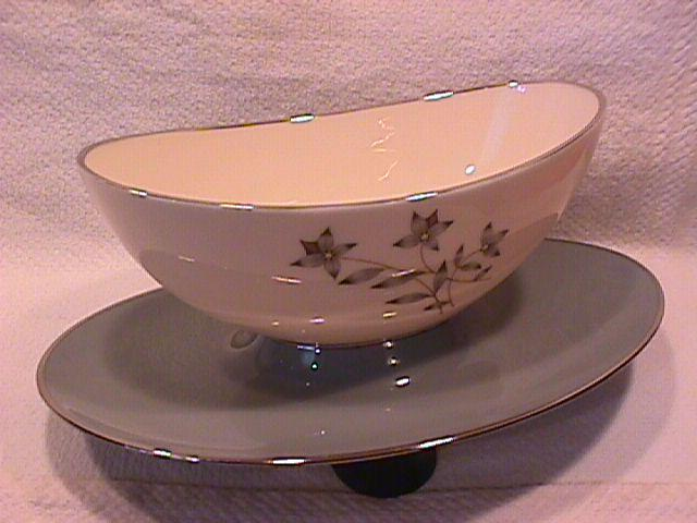 Lenox Fine China (Kingsley) Gravy Boat