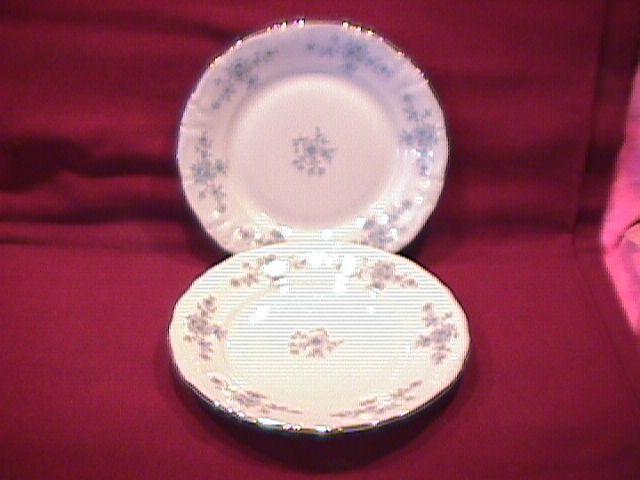 Winterling (Renaissance) 2-Cake Plates