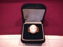 1800's Antique Cameo Ring