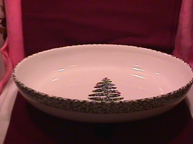Furio Home Fine China (Christmas Tree) Oval Baker