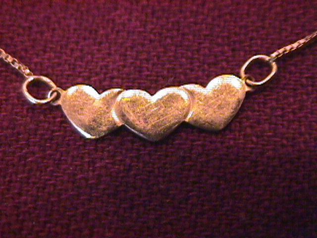 14K Solid Gold (Italy)  Hearts Ankle Bracelet