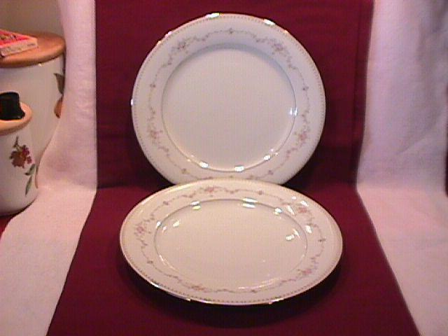 Noritake Fine China (Fairmont) #6102-2=Dinner Plates