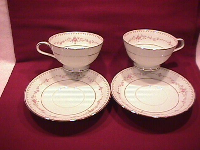 Noritake Fine China (Fairmont) #6102-2=Cups & Saucers