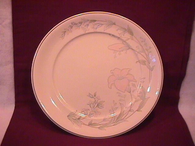 Noritake-Keltcraft-Fine China (Dreamer) Dinner Plate