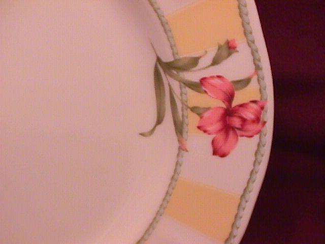 Noritake Homecraft Fine China (Summer Estate) #9212 Dinner Plate