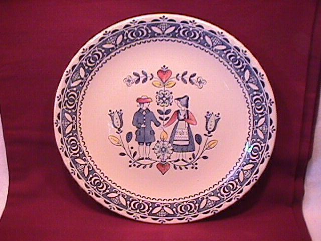 Johnson Brothers Fine China (Hearts & Flowers) Dinner Plate