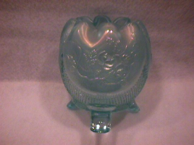 Northwoods Carnival Glass (Finecut & Roses) Rosebowl-Frosty Ice Blue