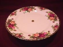 Royal Albert (Old Country Roses) Footed Bon Bon