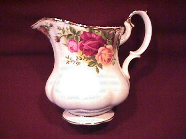 Royal Albert (Old Country Roses) Creamer