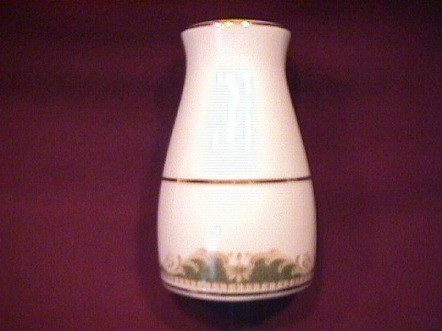 Noritake Fine China (Warrington #6872) Pepper Shaker