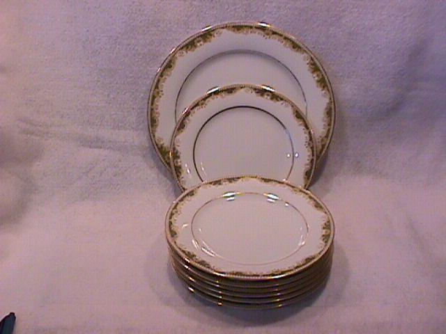 Noritake Fine China (Warrington) #6872=8 Pieces
