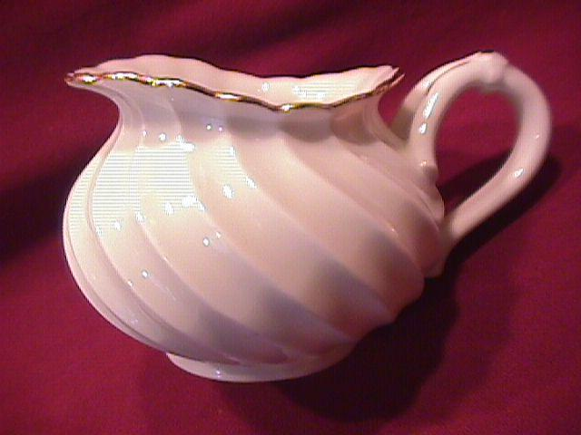 Haviland, Limoges, France (Elegance) Creamer