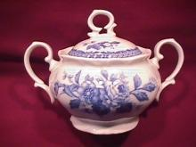 Mikasa Fine China (Rosalie) #L-9079 Covered Sugar