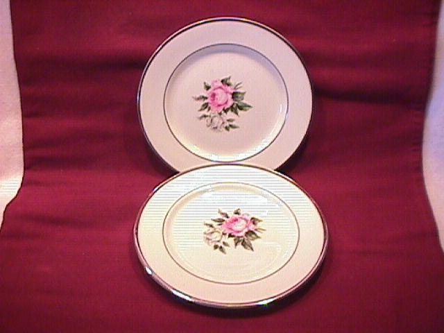 Royal Jackson (Margaret Rose) 2-Cake Plates