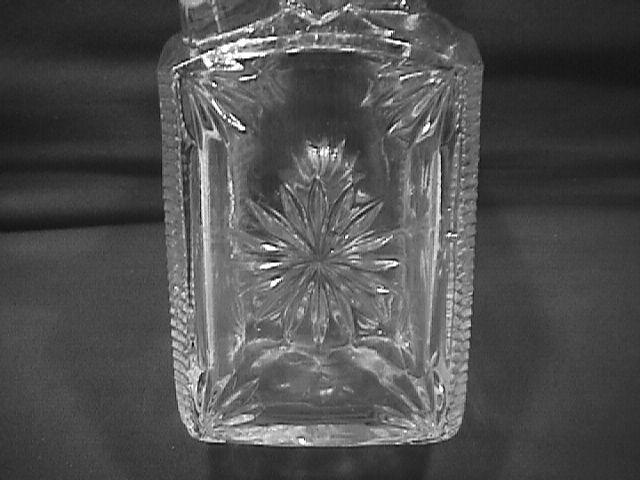 EARLY BRANDY/LIQUOR BOTTLE