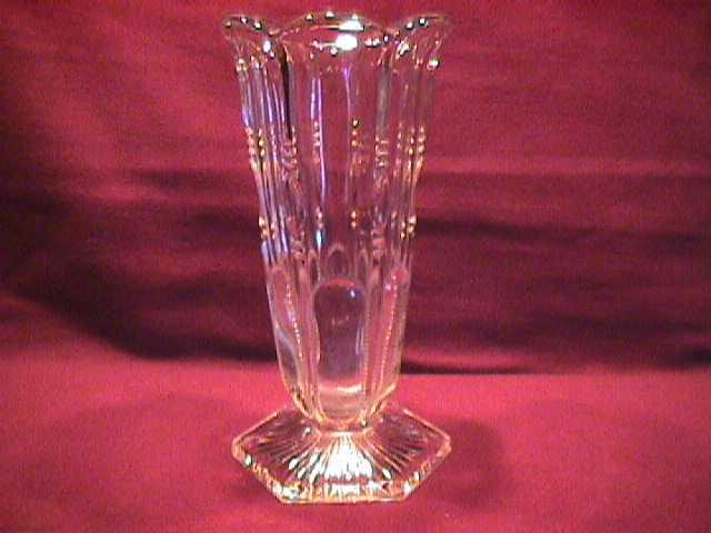 U.S. Glass Co. (Michigan) Year-1902 Small Vase