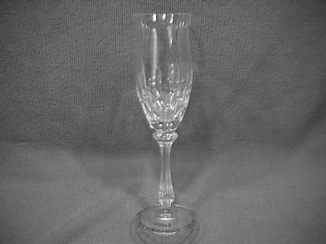 MIKASA CRYSTAL (NORMANDY # 40068) FLUTED CHAMPAGNE