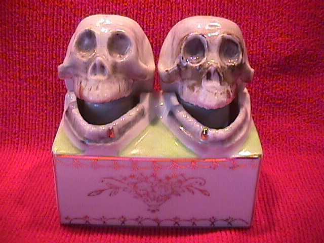 Rare-Occupied Japan, Skull Nodders, Salt & Pepper