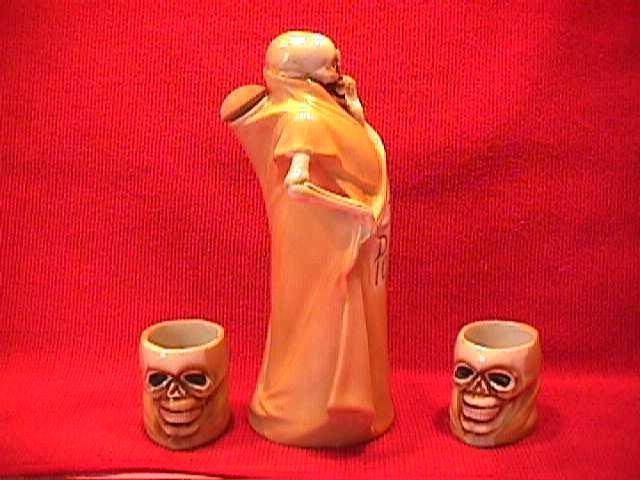 Macabre Skeleton=Sake Set