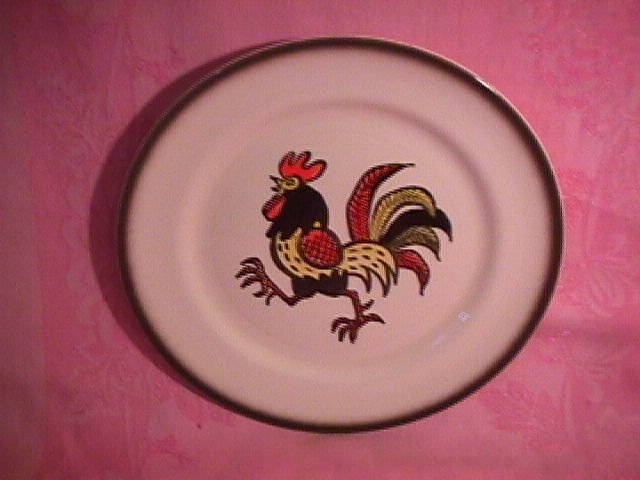 Metlox-Red Rooster Dinner Plate