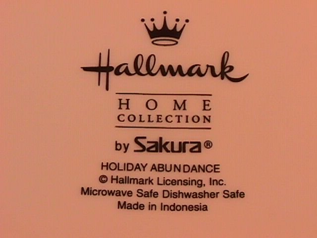 Sakura Halllmark Holiday Abundance Rimmed Soup