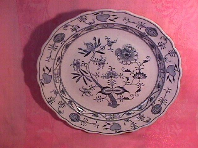 Meissen Blue Onion Chop Plate