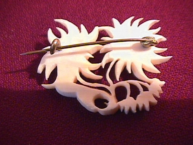 Vintage Carved Vegetable Ivory Daisy Pin.