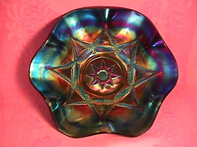 Outstanding Dugan Carnival Glass (Amethyst) Ski-Star Bowl