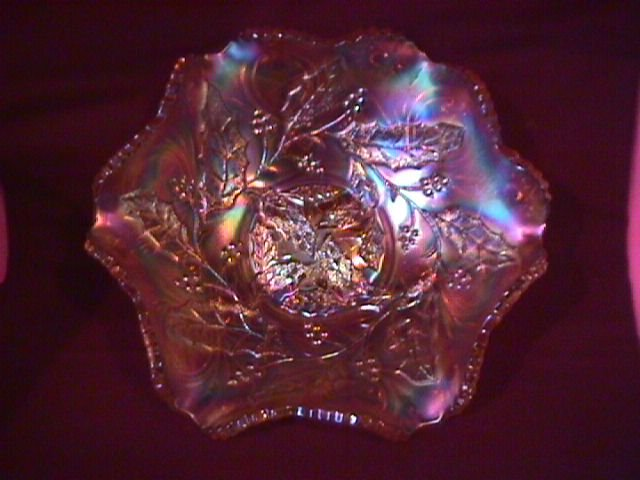 Holly Whirl / Millersburg =Carnival Glass Bowl (Marigold)
