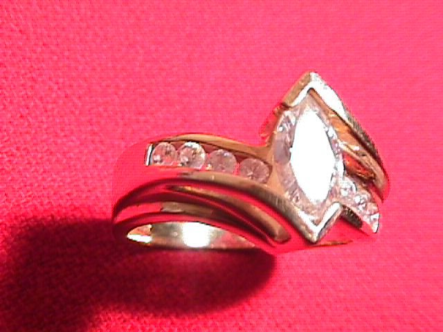14k Solid Gold and Cubic Zirconia Ladies Ring