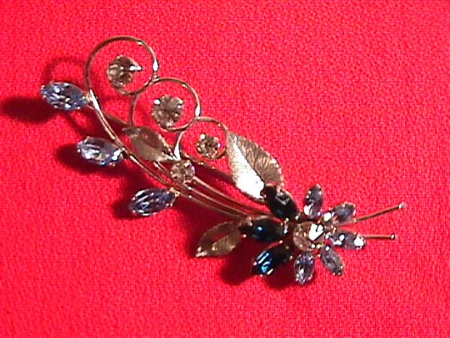 Krementz Brooch with Flower- Leaves & Blue & White Stones