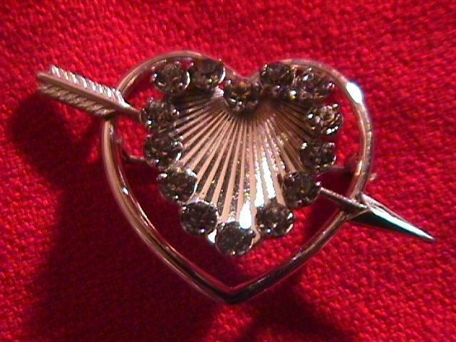 Krementz  Cupids Arrow and Heart Pin and Earrings