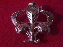 10K Solid Gold-Art Noveau- French Fleur De Lis Watch Pin