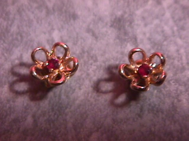 Gold & Garnet Flower Earrings