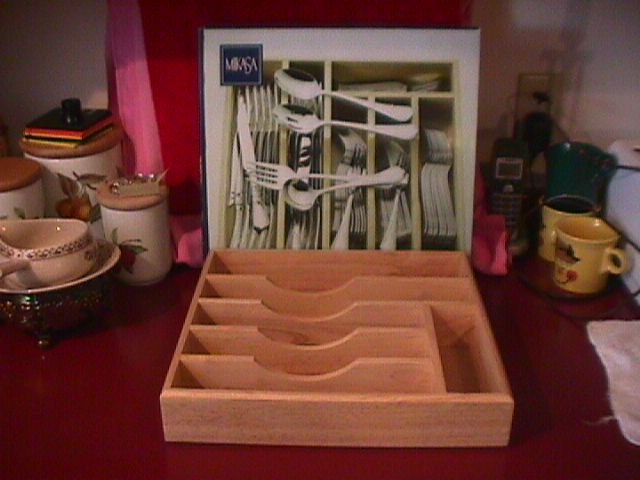 Mikasa Silverware Caddy (Solid Wood)