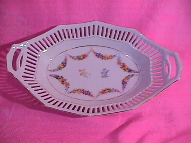Schumann Bavaria Reticulated Oval Vegetable (Pattern #90)